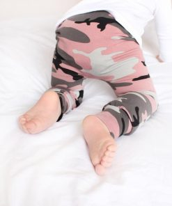 rose camo print leggings