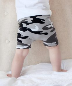 grey camo print shorts